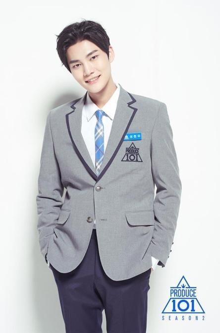 produce-101-s2-boys-profile-photos-sung-hyunwoo